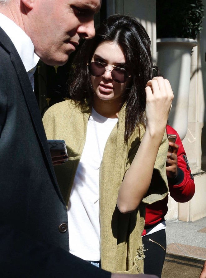 Kendall Jenner in Jeans at Chanel Store -07