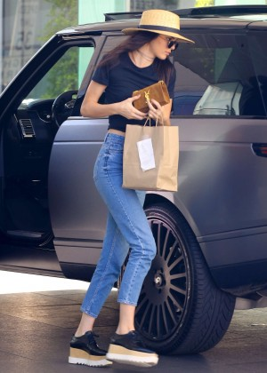 Kendall Jenner in Jeans at Mauro's Cafe in West Hollywood