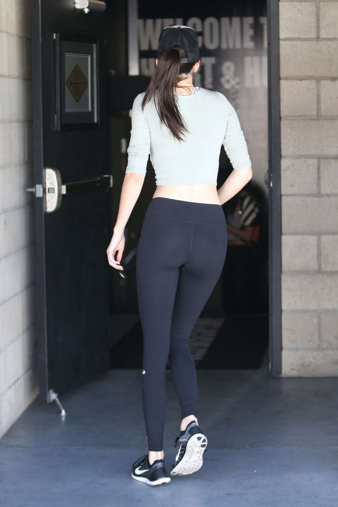 Kendall Jenner Booty in Spandex -04