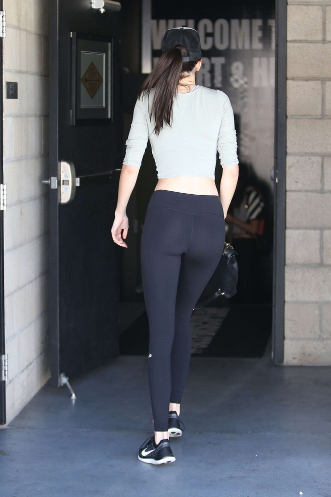 Kendall Jenner Booty In Spandex 14 Gotceleb