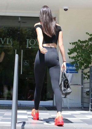 Kendall Jenner in Tight Leggings Out in Calabasas