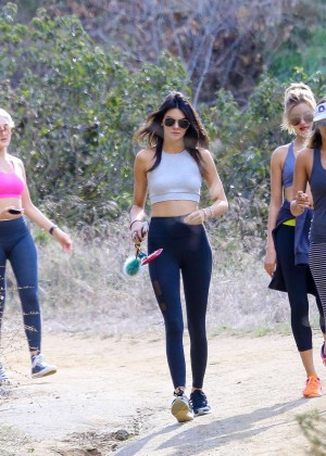 Kendall Jenner in Tights out for a hike -05