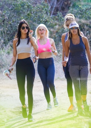 Kendall Jenner in Tights out for a hike -25