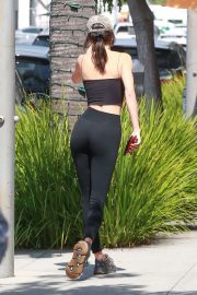 Kendall Jenner in Tights - Out for lunch at The Cheesecake Factory in Beverly Hills