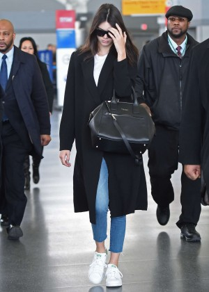 Kendall Jenner - JFK Airport in NYC