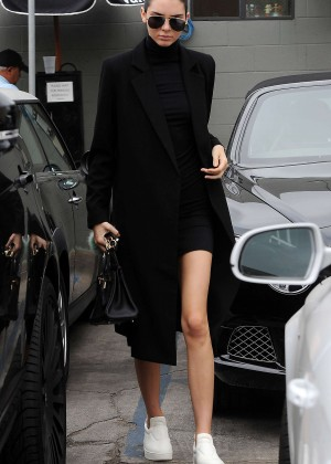 Kendall Jenner - Joan's on Third in LA