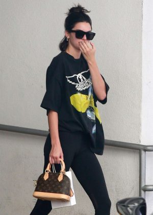 Kendall Jenner - Leaves a dematology clinic in Beverly Hills