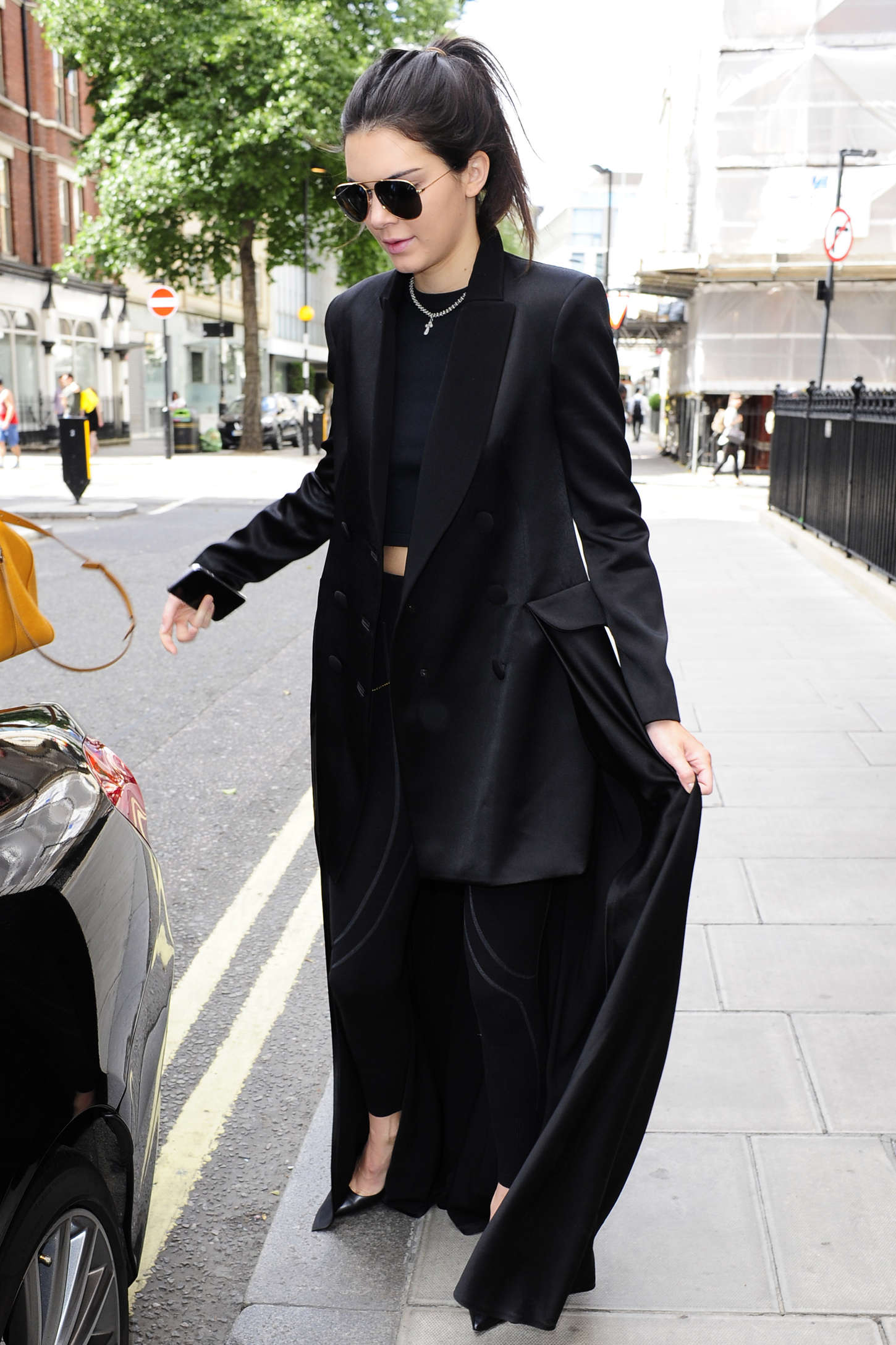 Kendall Jenner - Leaving a hotel in London