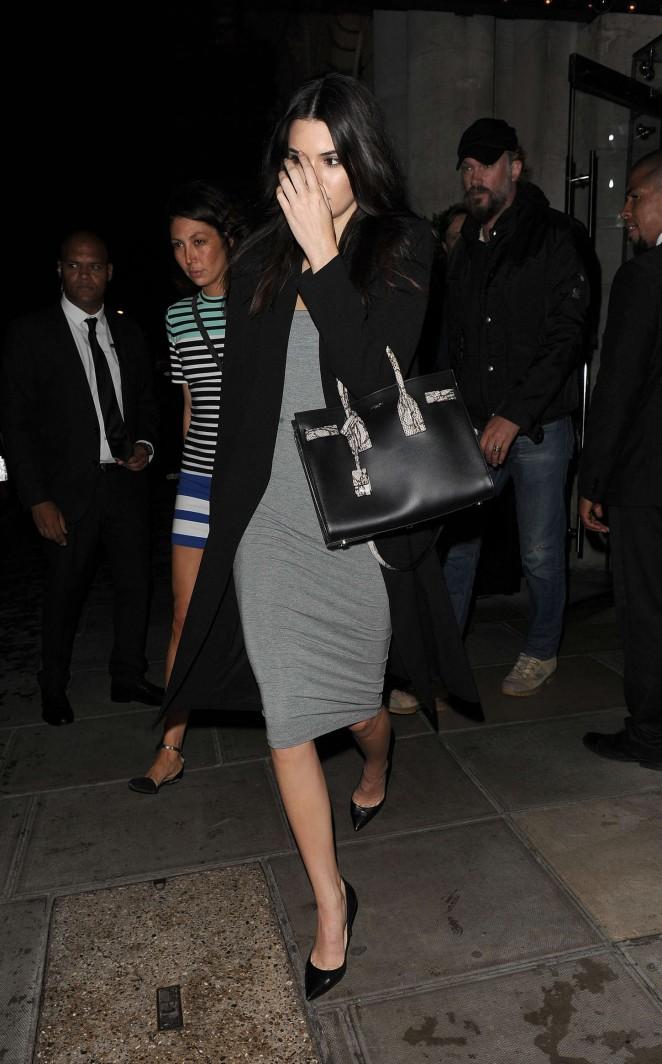 Kendall Jenner: Leaving her hotel -09