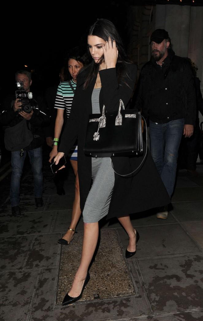 Kendall Jenner: Leaving her hotel -14