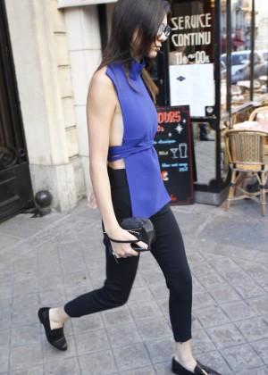 Kendall Jenner Hot in Paris -12