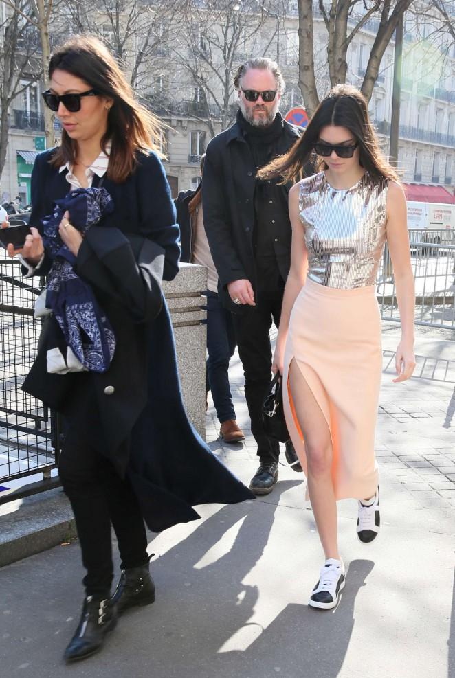 Kendall Jenner 2015 : Kendall Jenner in Tight Skirt -08