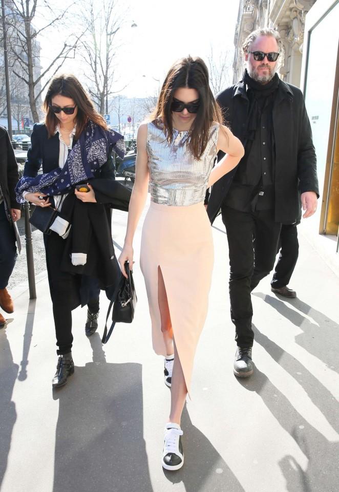 Kendall Jenner 2015 : Kendall Jenner in Tight Skirt -10