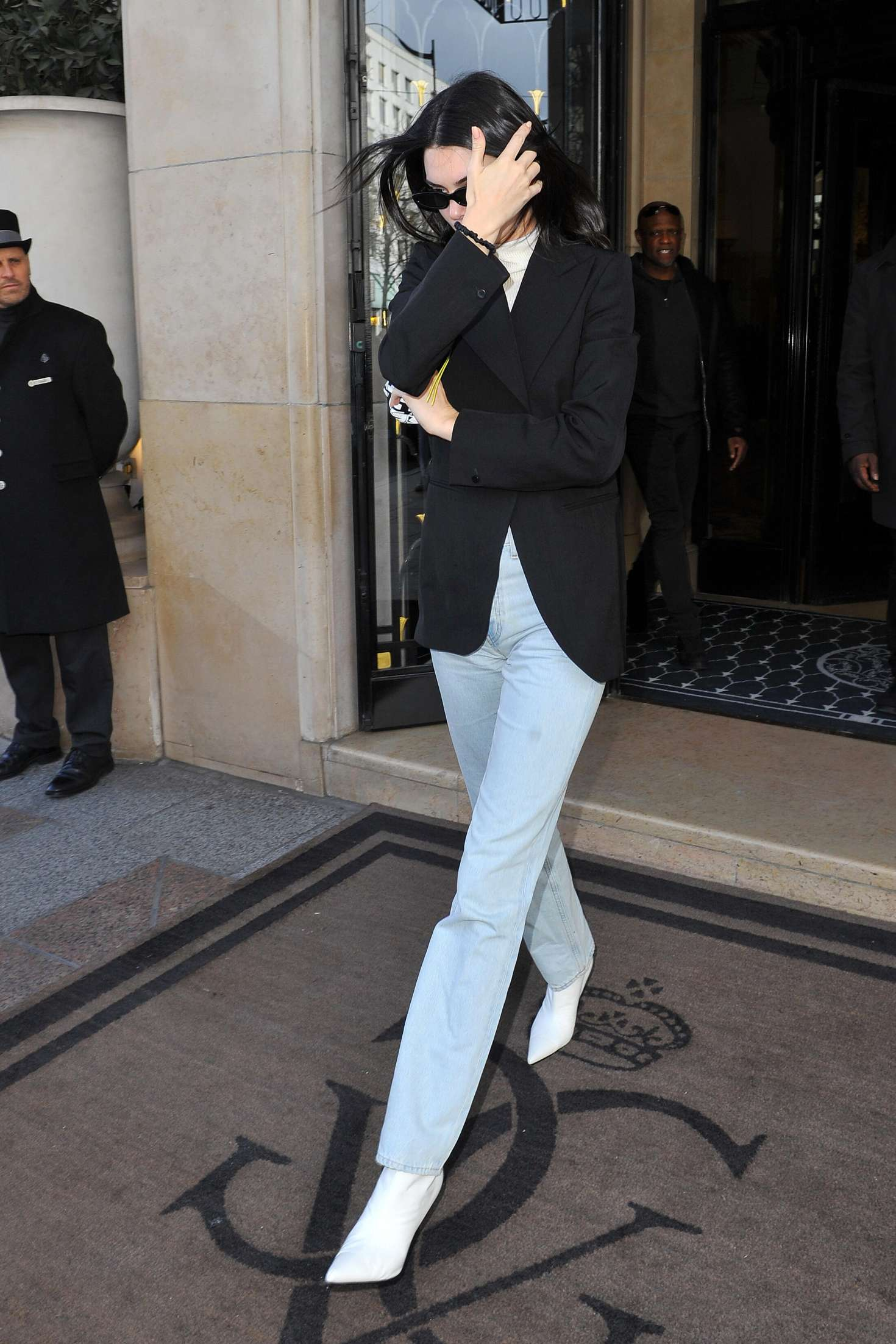 Kendall Jenner Leaving Her Hotel In Paris 07 Gotceleb