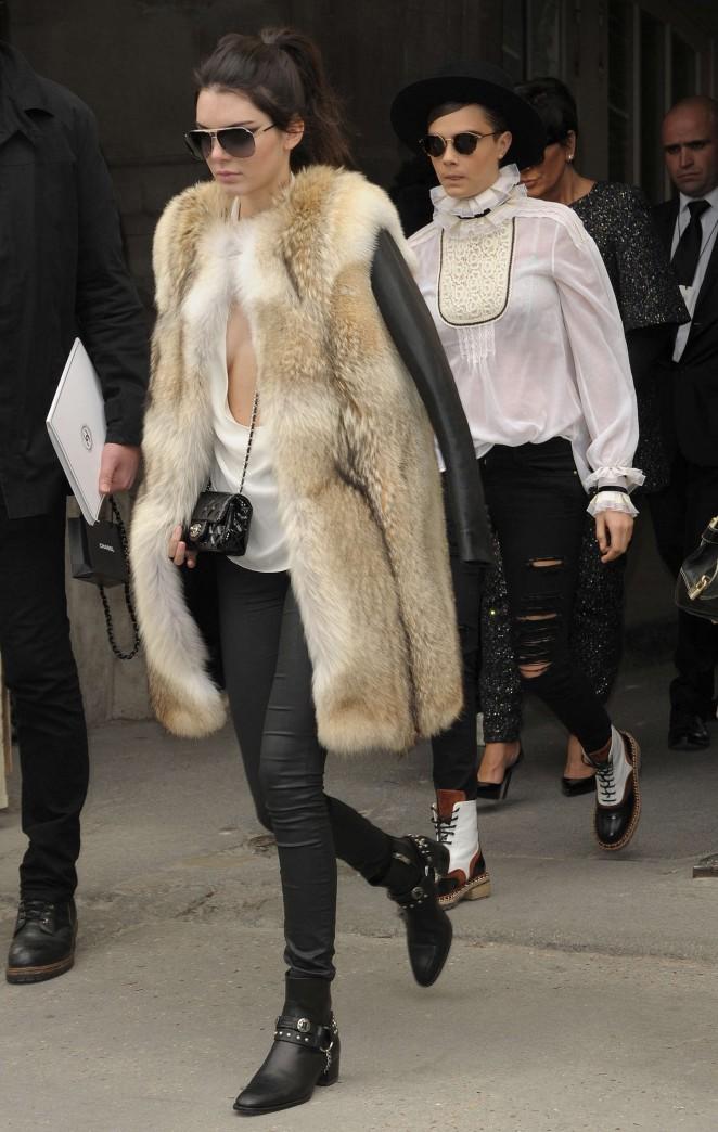 Kendall Jenner in Fur Coat -01