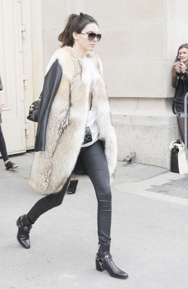 Kendall Jenner 2015 : Kendall Jenner in Fur Coat -10