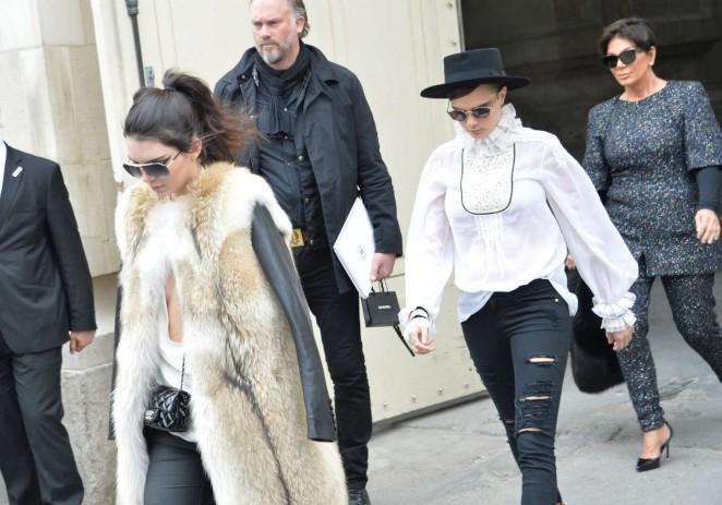 Kendall Jenner 2015 : Kendall Jenner in Fur Coat -13