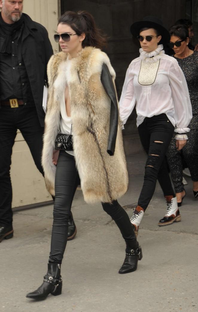 Kendall Jenner 2015 : Kendall Jenner in Fur Coat -14