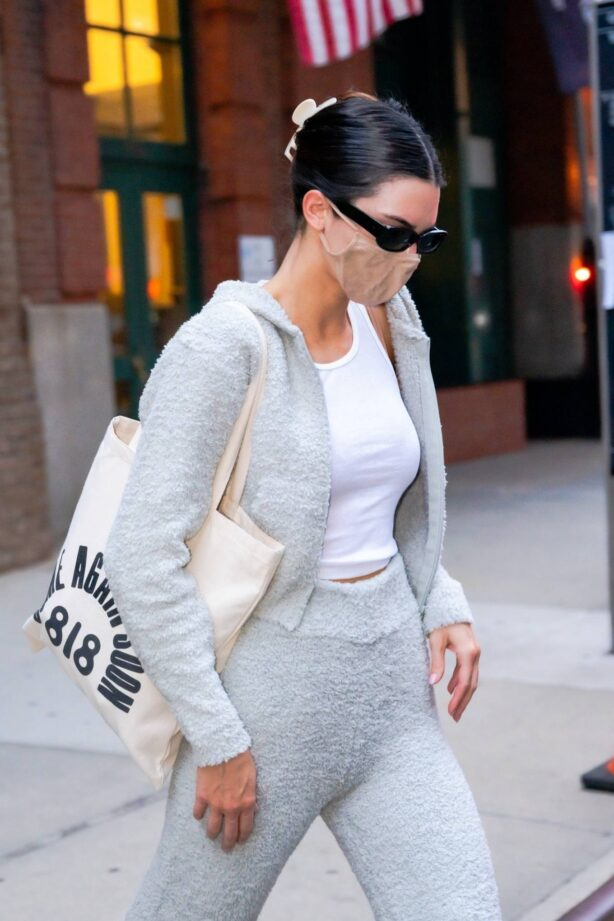 Kendall Jenner - Leaving The Greenwich Hotel in New York