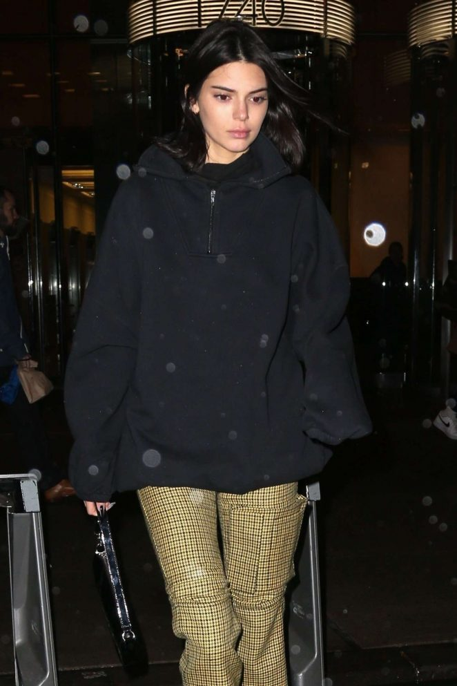 Kendall Jenner - Leaving Victoria's Secret offices in New York