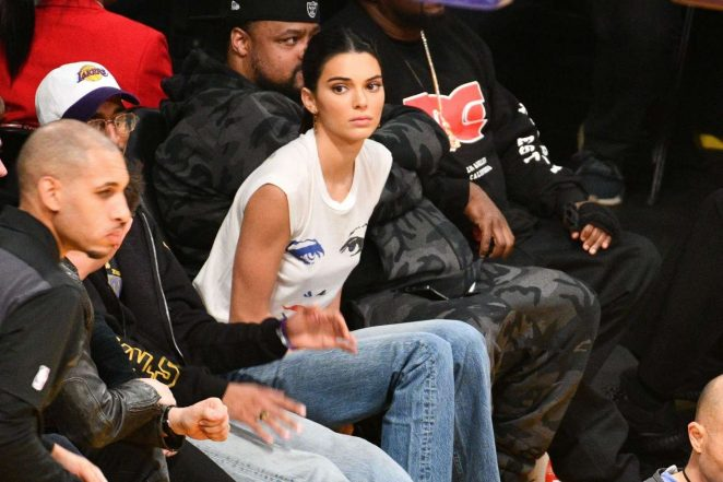 Kendall Jenner: Los Angeles Lakers and the Houston Rockets game -06