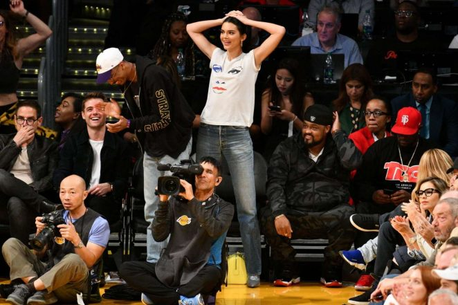 Kendall Jenner: Los Angeles Lakers and the Houston Rockets game -09