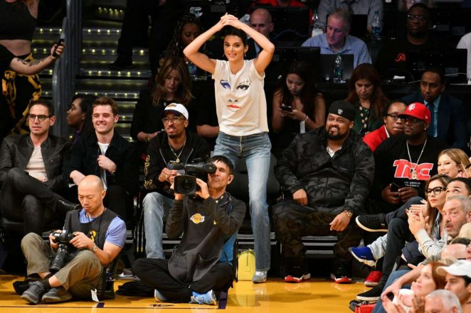 Kendall Jenner: Los Angeles Lakers and the Houston Rockets game -10