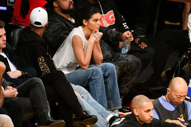 Kendall Jenner: Los Angeles Lakers and the Houston Rockets game -11