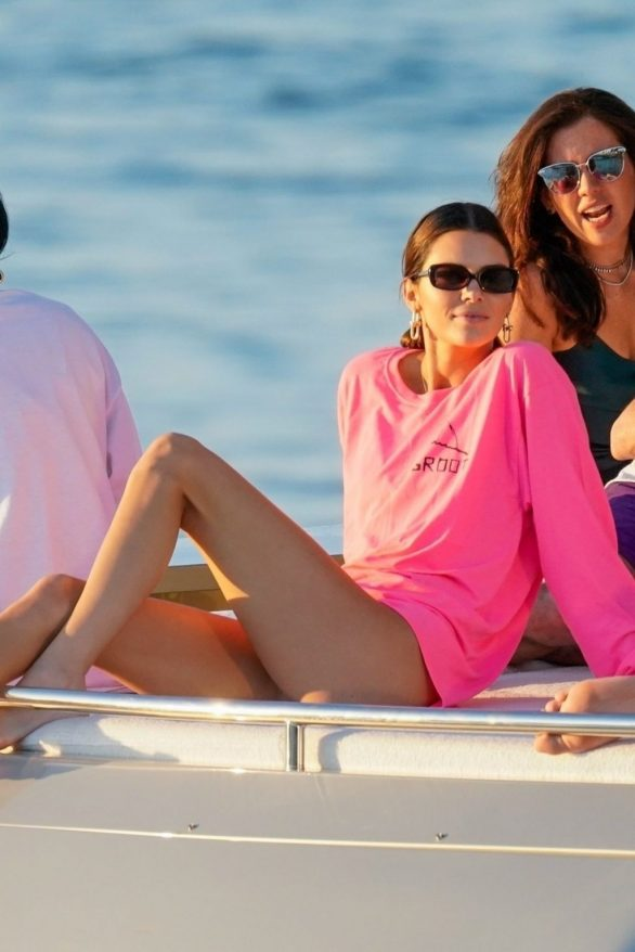 Kendall Jenner - On David Grutman's yacht in Miami