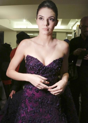 Kendall Jenner - Oscar De La Renta Fashion Show Backstage in NYC
