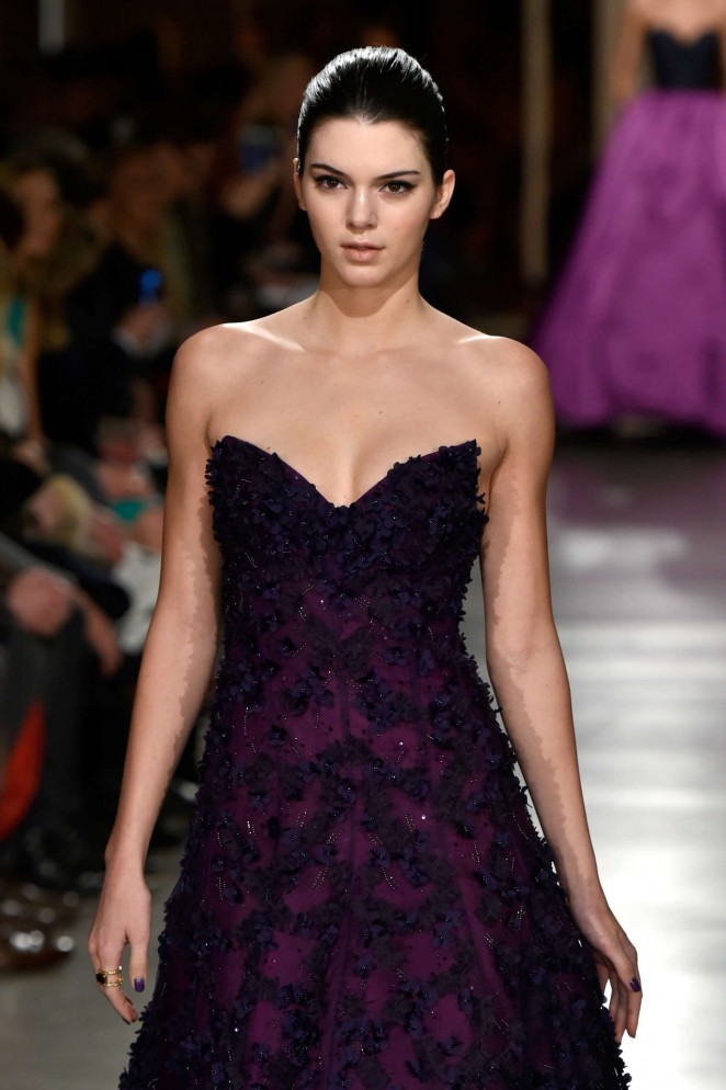 Kendall Jenner - Oscar De La Renta Fashion Show 2015 in NYC