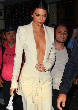 Kendall Jenner out for dinner at Chinese Tuxedo in NY