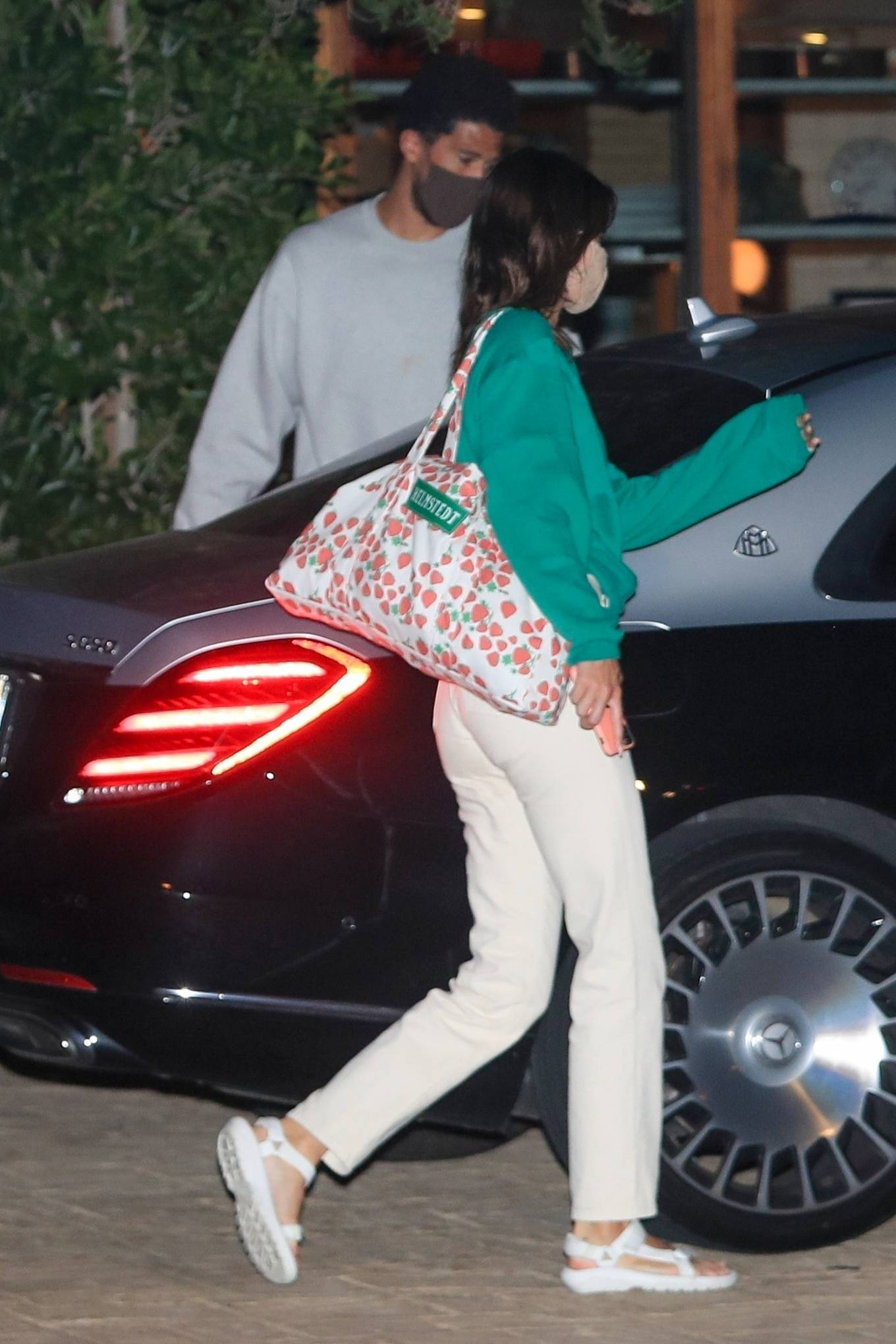 Kendall Jenner 2020 : Kendall Jenner – Out for dinner in black limo at SoHo House in Malibu-07