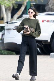 Kendall Jenner - Out for lunch in Malibu