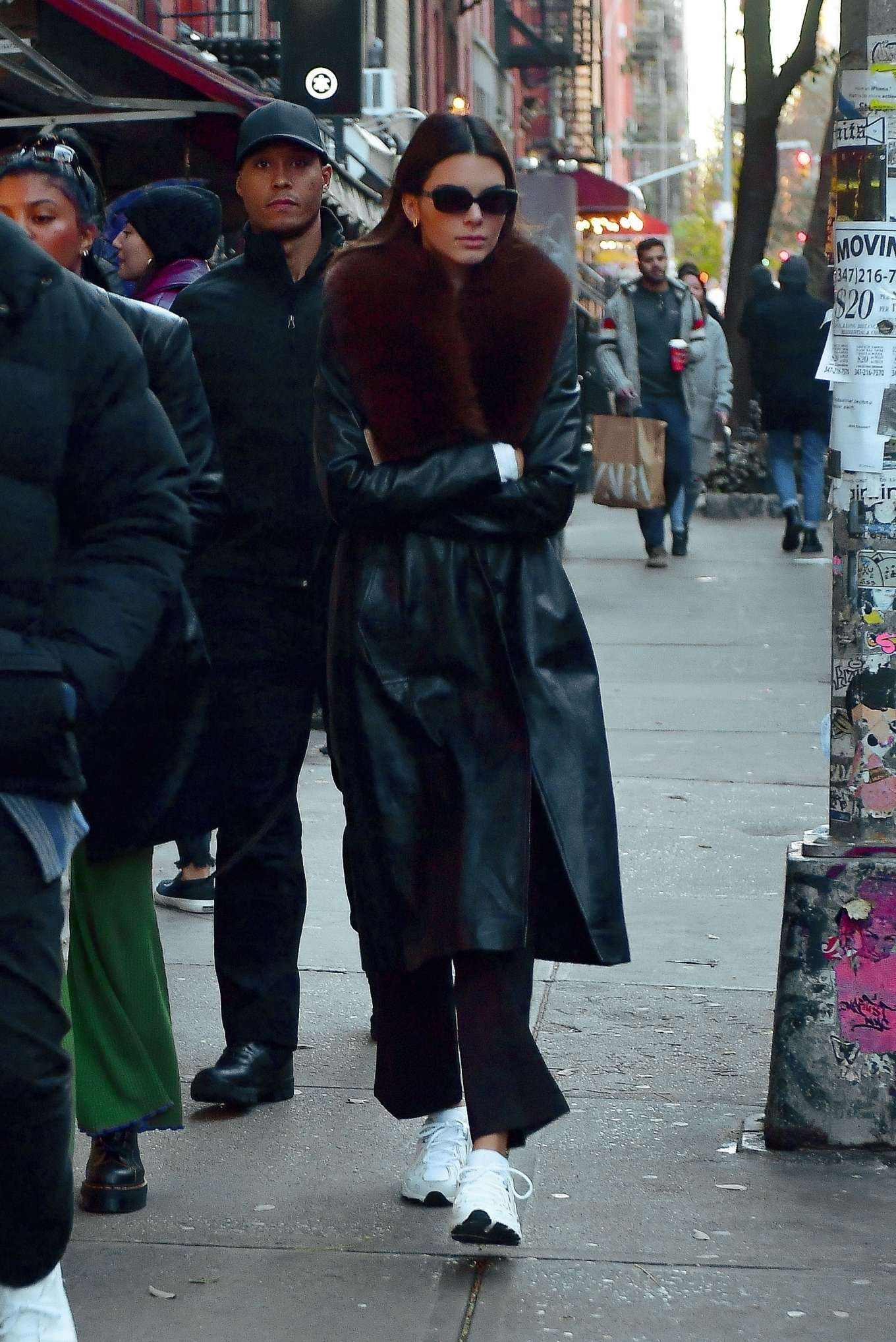 Kendall Jenner - Out for lunch with friends in New York City