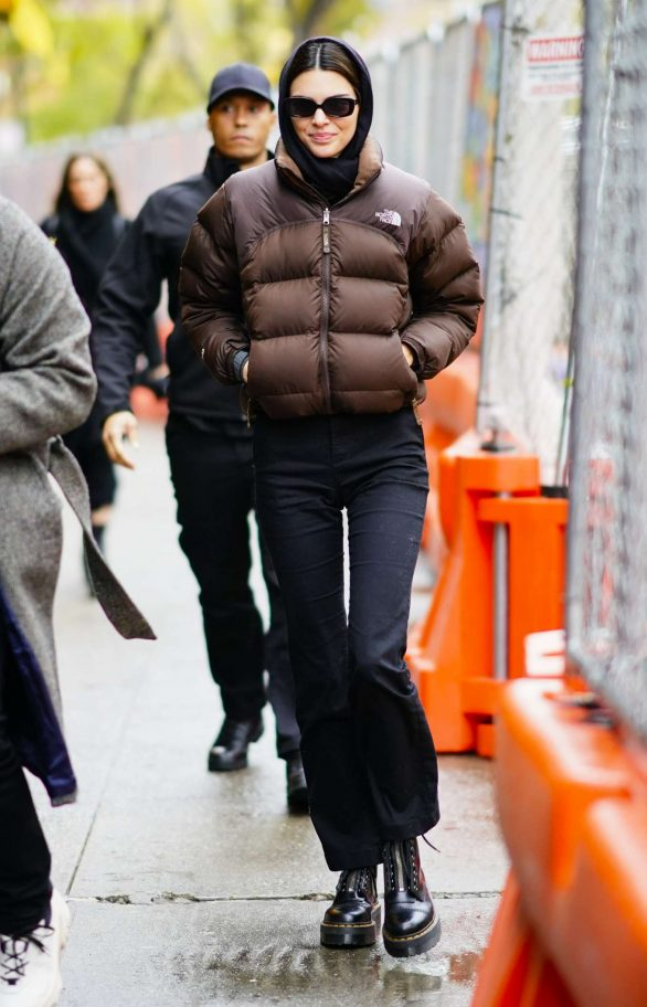 Kendall Jenner - Out for shopping in New York