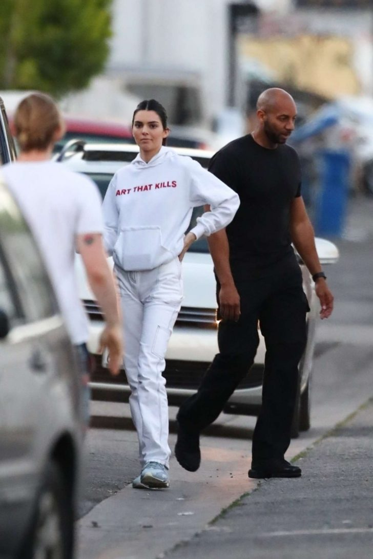 Kendall Jenner 2019 : Kendall Jenner: Out in Los Angeles -12