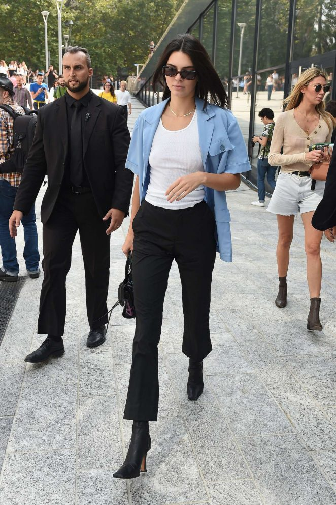 Kendall Jenner - Out in Milan