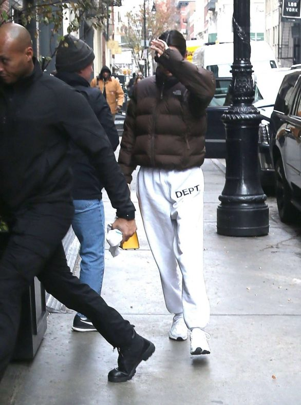 Kendall Jenner 2019 : Kendall Jenner – Out in NY-19