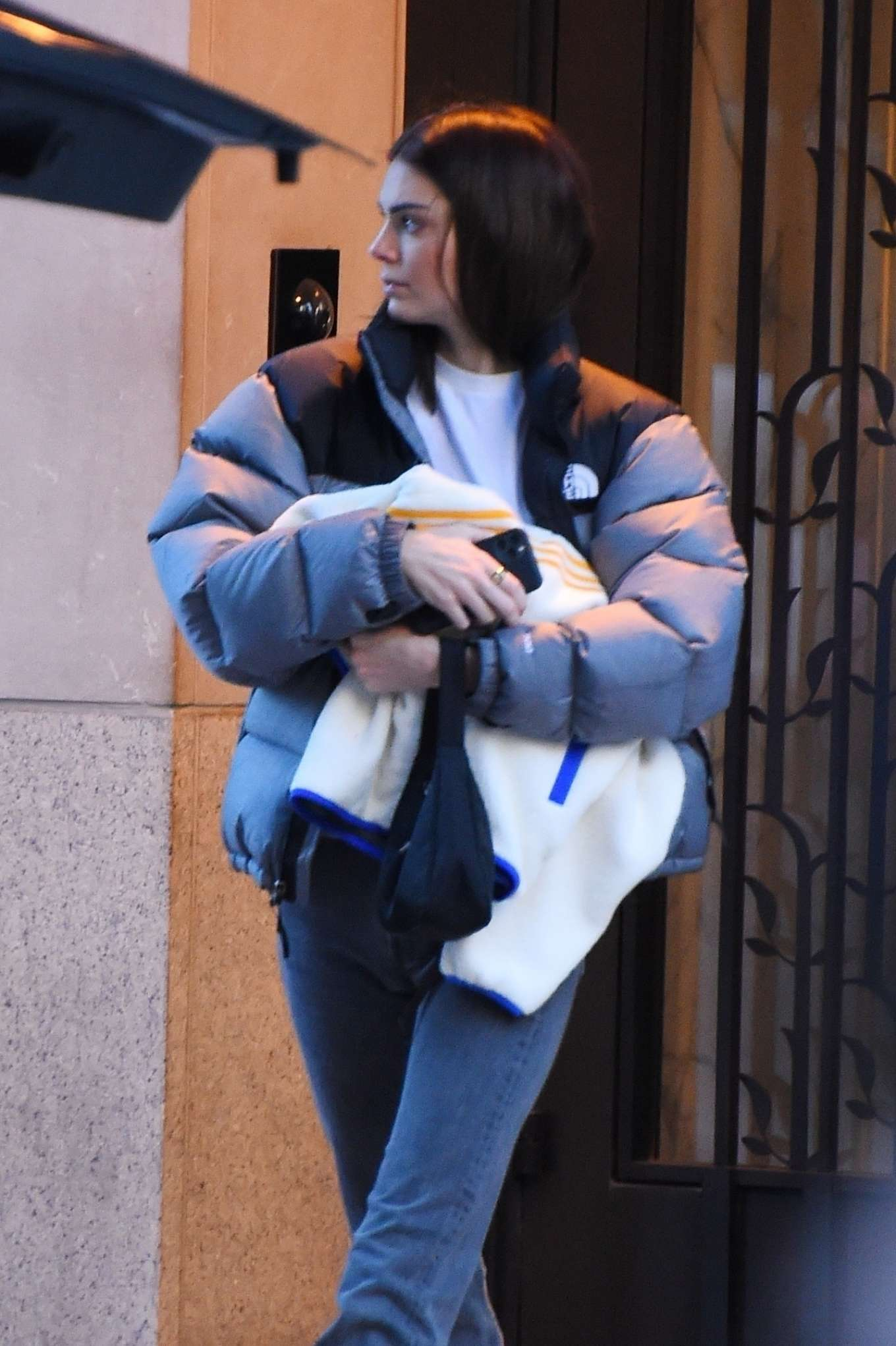 Kendall Jenner 2020 : Kendall Jenner – Out in NYC-01
