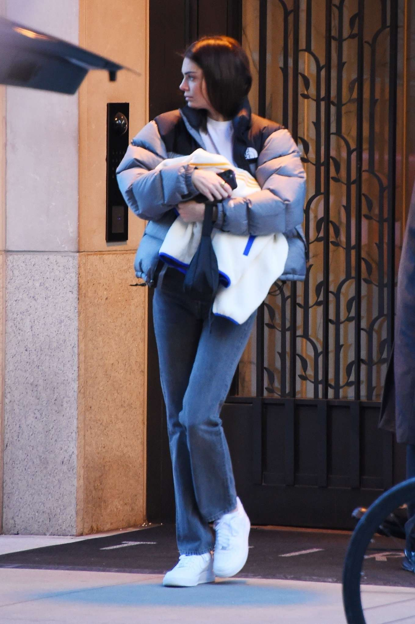 Kendall Jenner 2020 : Kendall Jenner – Out in NYC-03