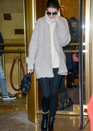 Kendall Jenner in Leggings Out in NYC