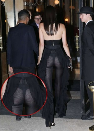 Kendall Jenner Hot in Black -04