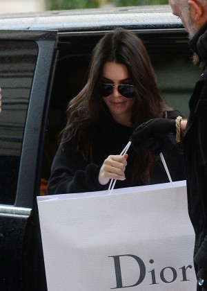 Kendall Jenner - Out in Paris