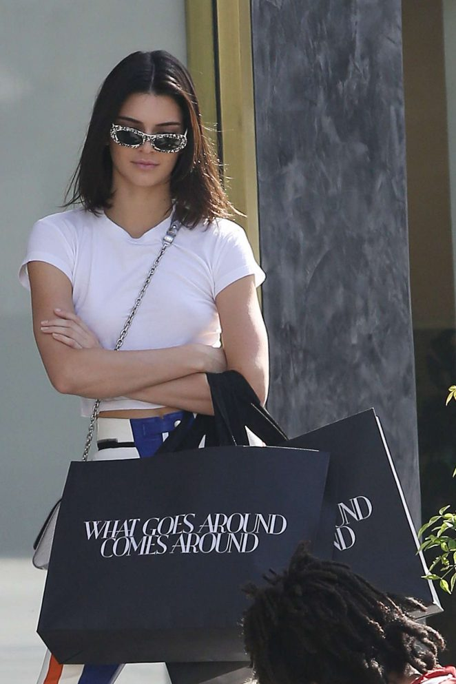 Kendall Jenner out shopping in LA -05