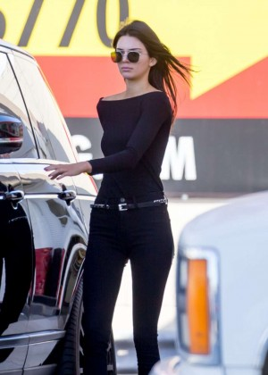 Kendall Jenner - Pumping Gas in Los Angeles
