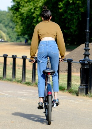Kendall Jenner - Riding a Bike in London