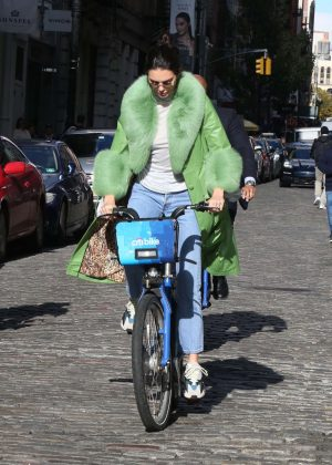 Kendall Jenner - Riding a Citi Bike in NYC