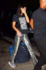 Kendall Jenner - Seen ahile night out at Carbone in NY