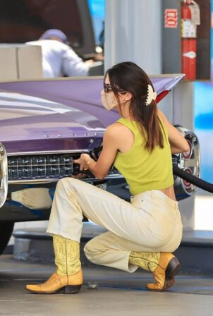 Kendall Jenner - Seen at the gas pump in Malibu